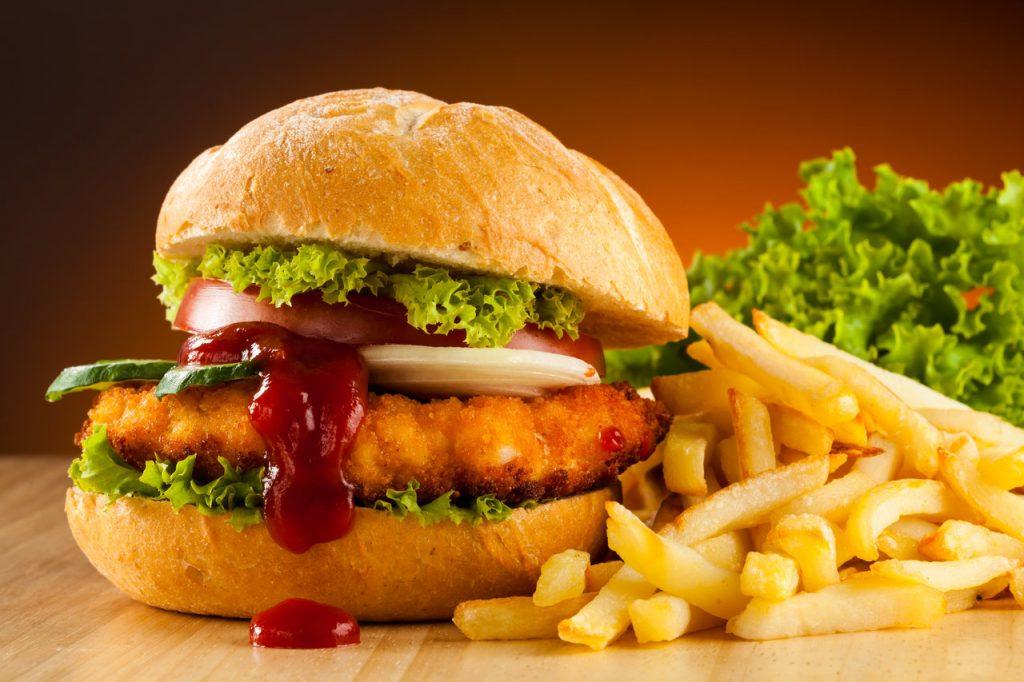 Chasser les fast foods de votre alimentation pour augmenter naturellement votre taux de testostérone