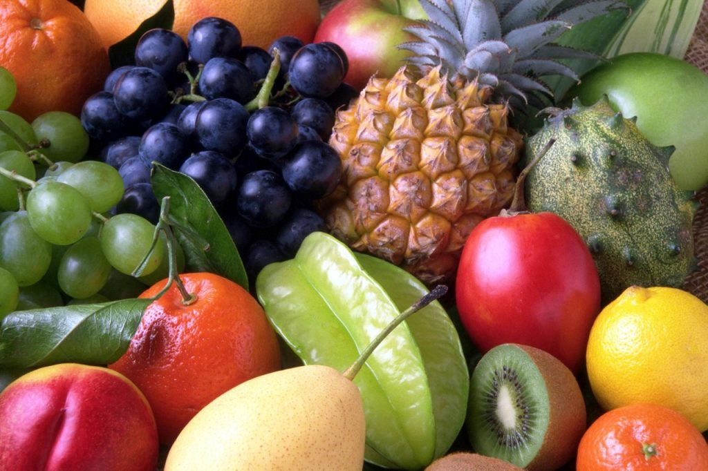 """Les fruits et légumes sont à manger en quantité dans un programme alimentaire de prise de masse """"végétarien"""""""